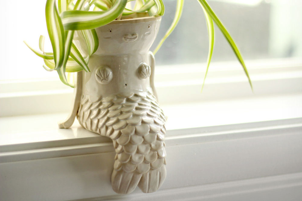 Mermaid_Ledge_Planter_Pottery_18